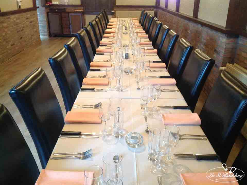 Table de banquet du restaurant Le Saint Badilon